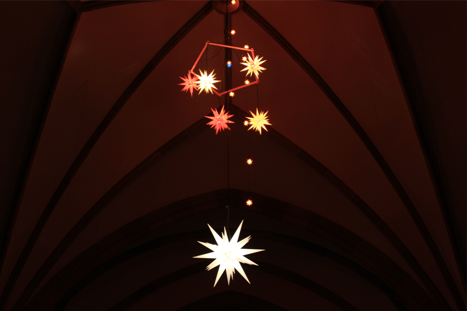 bilder aus der christuskirche warten auf weihnachten. Black Bedroom Furniture Sets. Home Design Ideas