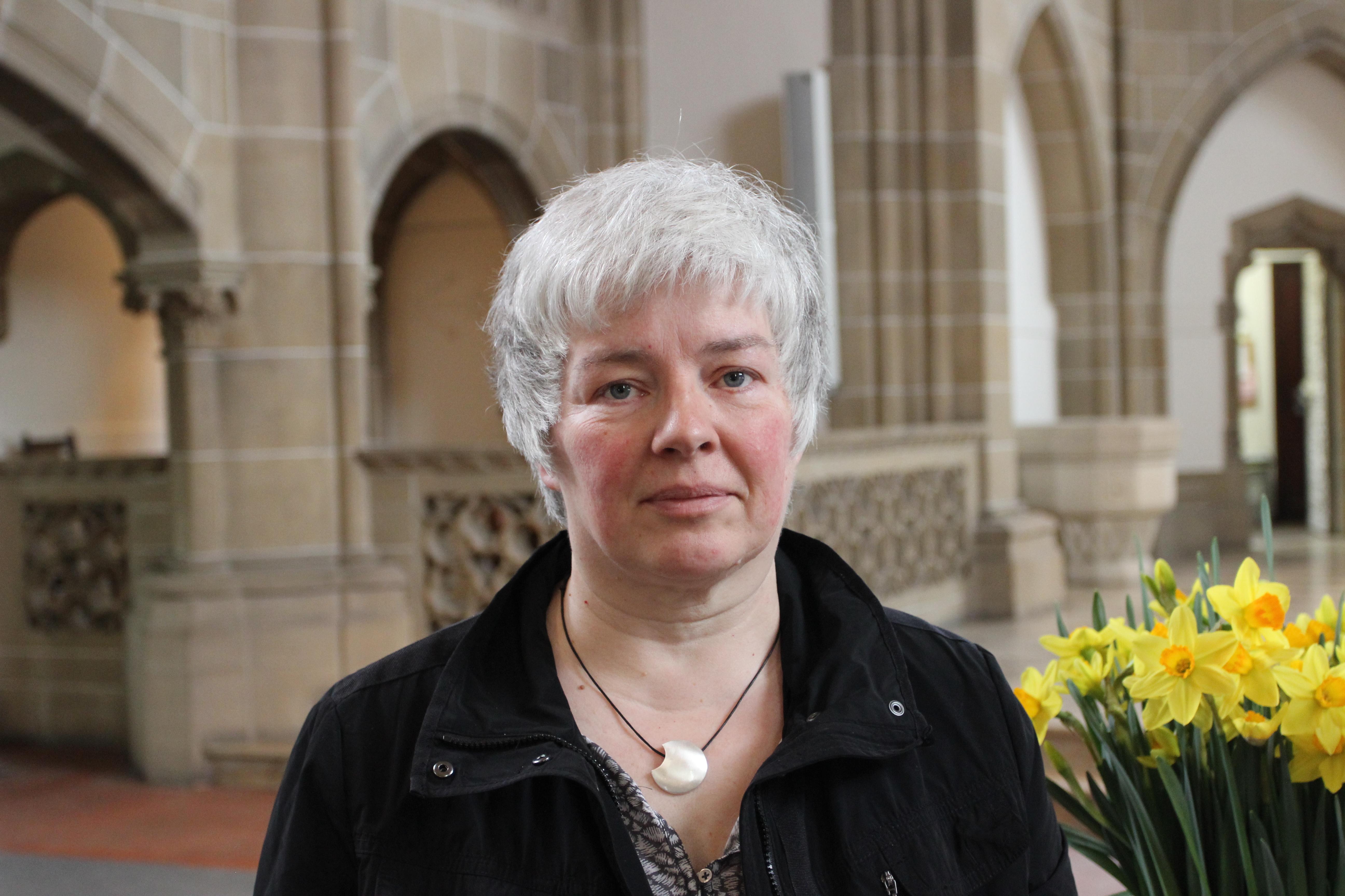 Sabine Tudge