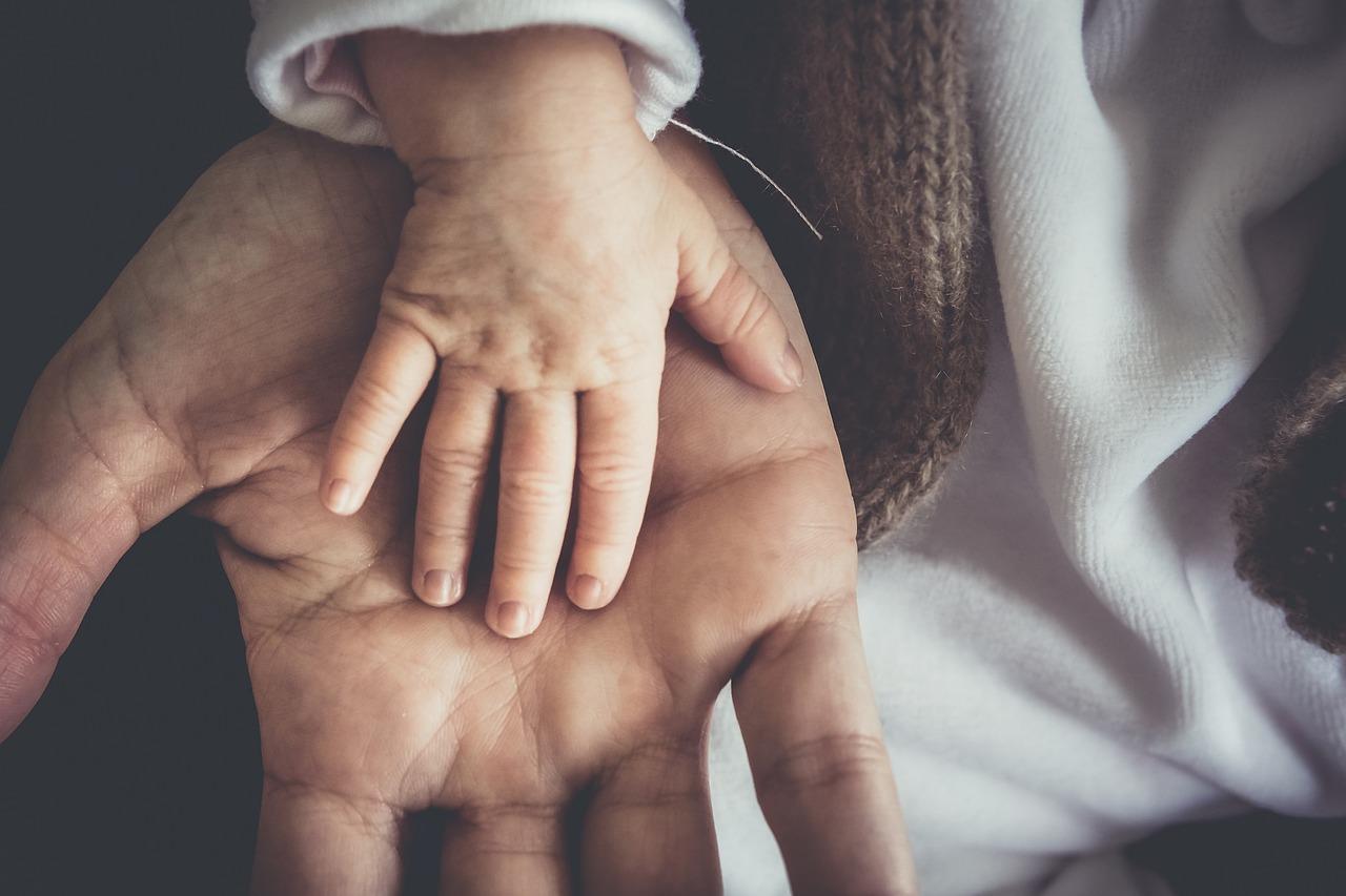 Hände verbinden